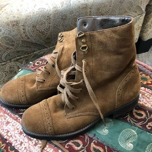Talbots Vintage Wing Tip Ankle Boots